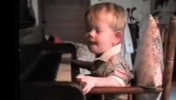 Gdy posadzili niewidomego chłopca przed pianinem nie mogłem powstrzymać łez