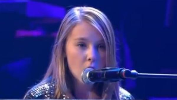 Gdy usłyszysz jak śpiewa zapomnisz że jest tak młoda
