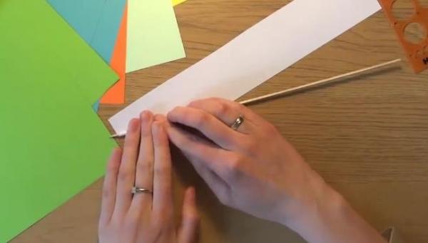 Origami już nie jest takie modne. Teraz czas na quilling. Zobacz, o co chodzi!