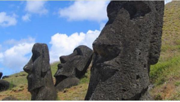 Przez wieki nikt nawet nie spodziewał się, że posągi z Wyspy Wielkanocnej...