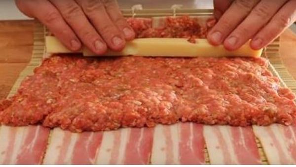 To genialny przepis na nietypowe sushi! Będzie Wam potrzebne... mielone mięso...
