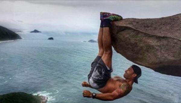 Zrobił sobie zdjęcie wymagające dużej sprawności fizycznej i wielkiej odwagi,...