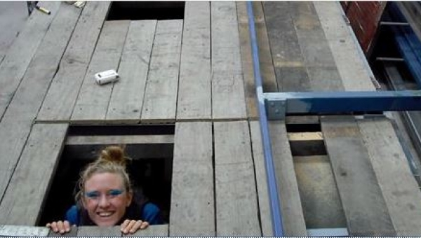 To, gdzie zamieszkała ta dziewczyna, nie mieści się w głowie, ale w sumie......