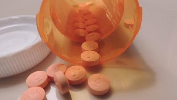 7 produktów spożywczych i leków, których nigdy nie powinno się mieszać!