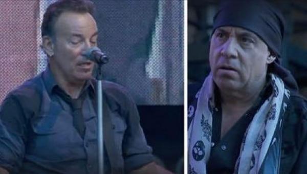 Fan na koncercie Bruca Springsteena poprosił artystę o zaśpiewanie piosenki....