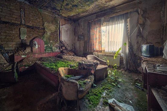 10. Opuszczony hotel.