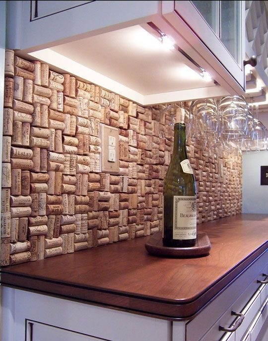 Breloczek doniczk a mo e cian co zrobisz z kork w for Wine cork bar top