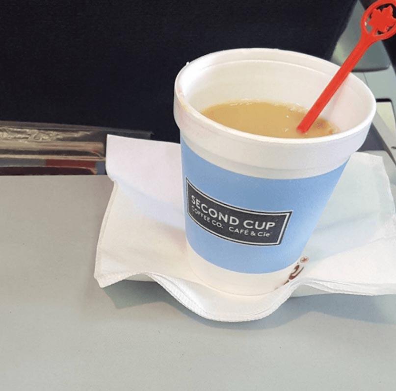 <b>#1 Kawa czy herbata?</b>  <br><br>Wada którą zalewane są ciepłe napoje, moż