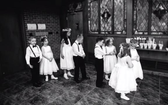 Kinsey wiedziała, że dla jej podopiecznych ślub i wesele będą tak ważnym...