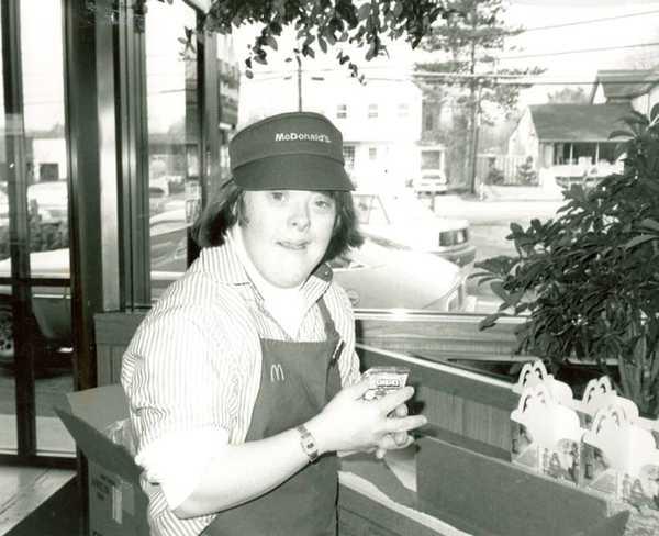 Freia znalazła pracę w McDonaldzie, gdy miała 20 lat. Przepracowała tam 32...