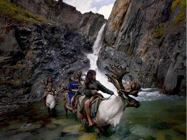 Fotograf Hamid Sardar-Afkhami  miał okazję uwiecznić na zdjęciach życie ludzi...