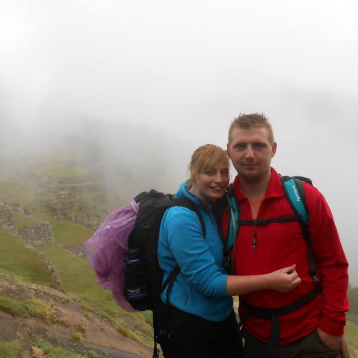 Colvina i jej mąż mieszkają w Wielkiej Brytanii. Na zdjęciu widzicie ich w...