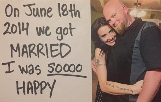 Catherine i Aaron Scott znali się od 20 lat, ale byli tylko znajomymi. On...