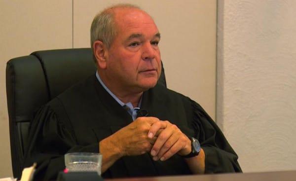 Sędzia Cicconetti dał skazanej wybór: więzienie, albo praca na wysypisku...