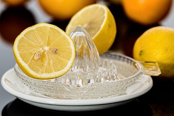 2. Cytryny <br><br> Wiadomo, że cytryny to źródło witaminy C, która wzmacnia...