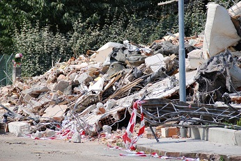 Co chwilę docierają do nas wieści o kolejnym trzęsieniu ziemi. Wystarczy wspomni