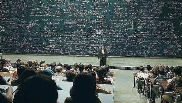 Profesor filozofii zadał studentowi pytanie na temat Boga, to co usłyszał...
