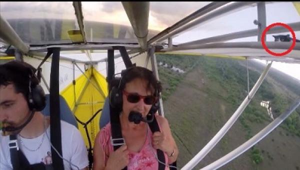 Przed lotem nie sprawdził jednej ważnej rzeczy i dlatego później zdziwił się,...