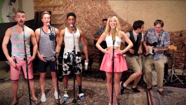 Najzabawniejsze wykonanie Barbie Girl jakie widzieliśmy!!! Blondyna jest...