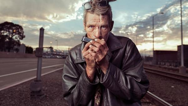 Te zdjęcia zmienią Wasze wyobrażenie o bezdomnych. Dlaczego? Przekonajcie się...