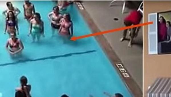 To, co zrobili w basenie, ich nauczyciel zapamięta na długo, a wraz z nim pół...