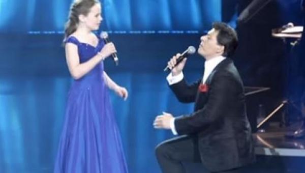Głos tej 12 latki powalił na kolana gwiazdę włoskiej opery!
