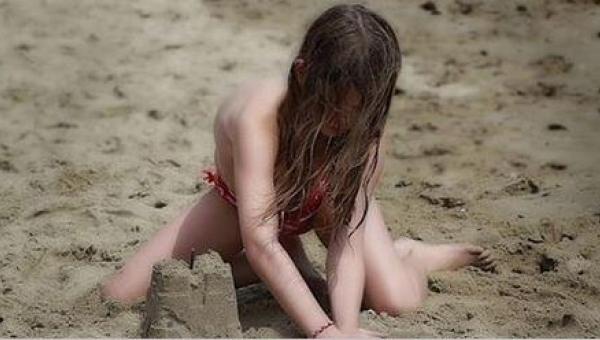 Dziewczynkom zaczynają rosnąć piersi już w wieku 8 lat, a chłopcy mają o 40%...