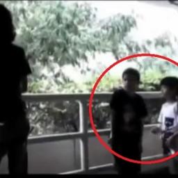 Małe dzieci chciały zapalić papierosa, wtedy stało się coś czego się nie spodzie