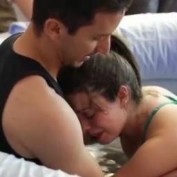 Żona wtuliła się w męża, a to co stało się potem zapamiętają na zawsze