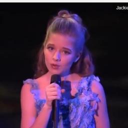 Gdy ta dziewczynka zaczęła śpiewać ciarki przeszły mi po plecach