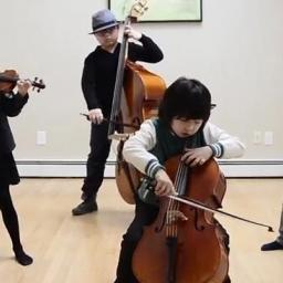 Te ośmiolatki grają od czwartego roku życia. Widać, że mają wielki talent muzycz