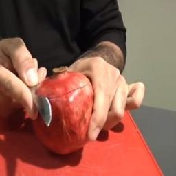 Jak szybko i sprawnie obrać owoc granatu? Nie wiedziałam, że to takie proste!