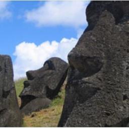 Przez wieki nikt nawet nie spodziewał się, że posągi z Wyspy Wielkanocnej skrywa