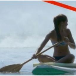 Spokojnie pływała, gdy nagle doszło do niecodziennej sytuacji. To zrobi wrażenie