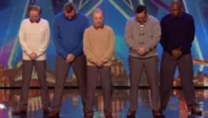 Kiedy tych pięciu starszych panów pojawiło się na scenie, nawet jury nie powstrz