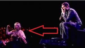 Michael Buble nie mógł uwierzyć w to, że ta kobieta przerwała mu koncert, ale ty