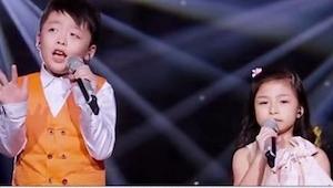 Kiedy ta dwójka zaczęła śpiewać, absolutnie wszyscy zachwycili się! Rodzeństwo m
