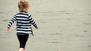 Pogrążony w żałobie mężczyzna nakrzyczał na małą dziewczynkę. 4 tygodnie później