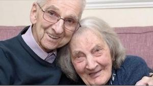 Są małżeństwem od 75 lat. Kiedy ona czyta jego pamiętnik, zaczyna płakać...