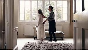 Wygląda jak normalne nagranie ze ślubu, dopóki nie odkryje się przerażającej pra