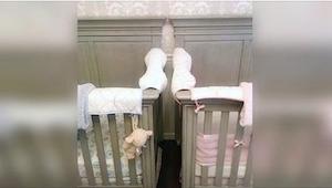 Matka bliźniąt ostrzega przed niebezpieczeństwem, jakim jest ustawienie dwóch łó