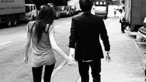 Mężczyzna spotyka się z kimś pomimo że jest żonaty. Ale gdy przeczytasz jego wyz