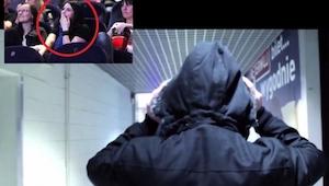 Siedziała na sali kinowej, gdy nagle zobaczyła na ekranie coś niesamowitego!