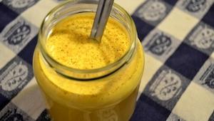 Złote mleko to napój, który zmieni Twoje życie! Jest bardzo zdrowy i prosty w pr