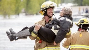 To co powiedziała starsza pani do strażaka wywołało wielki uśmiech na jego twarz
