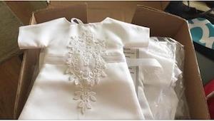 Świeżo upieczona żona pocięła swoją suknię ślubną na 17 kawałków i zrobiła z nic