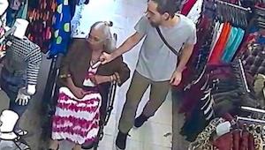 Młody złodziej okradł staruszkę. Jednak to co stało się potem sprawia że mam łzy