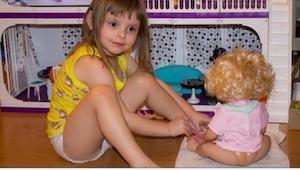 Rodzice fotografowali swoją córkę. Kilka lat później pozwała ich za to do sądu!