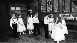 Gdy na ich weselu pojawiła się gromadka dzieci, nikt nie wiedział, kim są, nikt