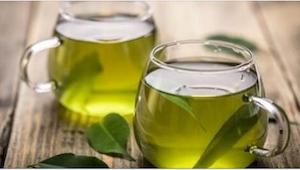 Zielona herbata jest zdrowa i dobra, ale... nie dla wszystkich. Przeczytajcie, k